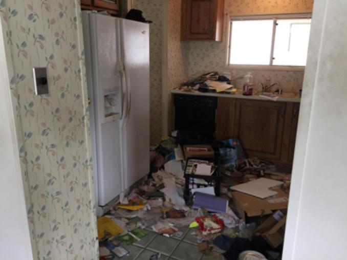 Charles Trash Hauling and Demolition 727-831-0507   Whole